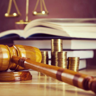 Key Benefits to Hiring a Finance Attorney