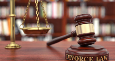 Avoiding Financial Turmoil in a Divorce