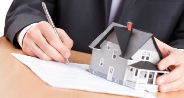 3 Ways That A Real Estate Attorney Can Assist You