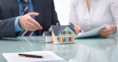 Essential Legal Expertise when Buying and Selling a Home