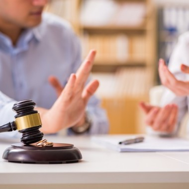How to choose the best divorce lawyer in Houston texas?